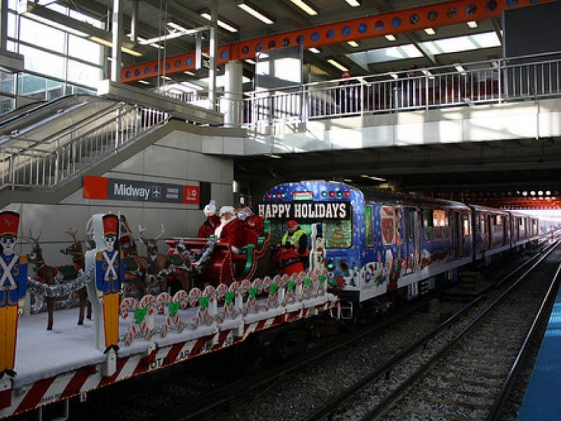 cta holiday train hits green line blue line