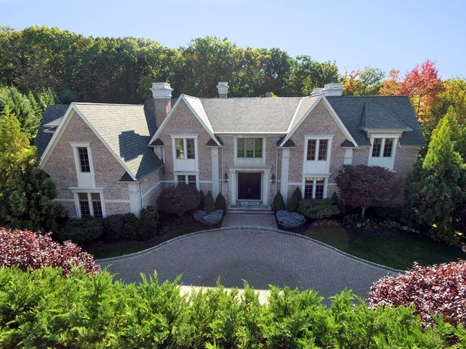 Patrick Ewing Selling New Jersey Home For More Than 6 9 Million