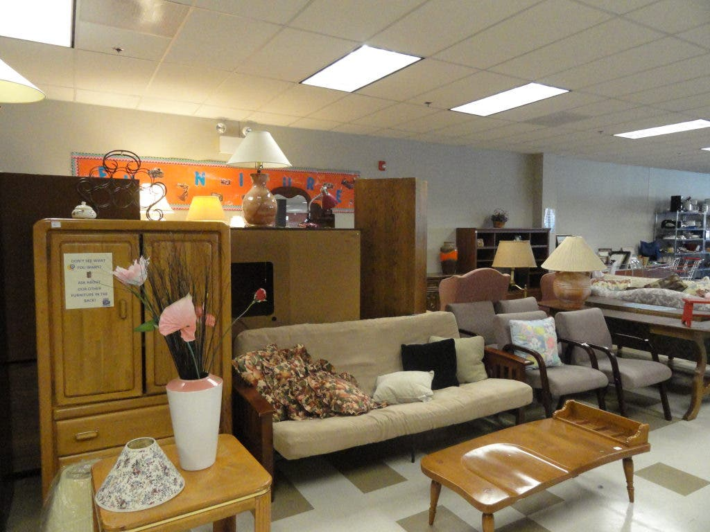 New Thrift Store Offers Clothing Furniture And More Libertyville