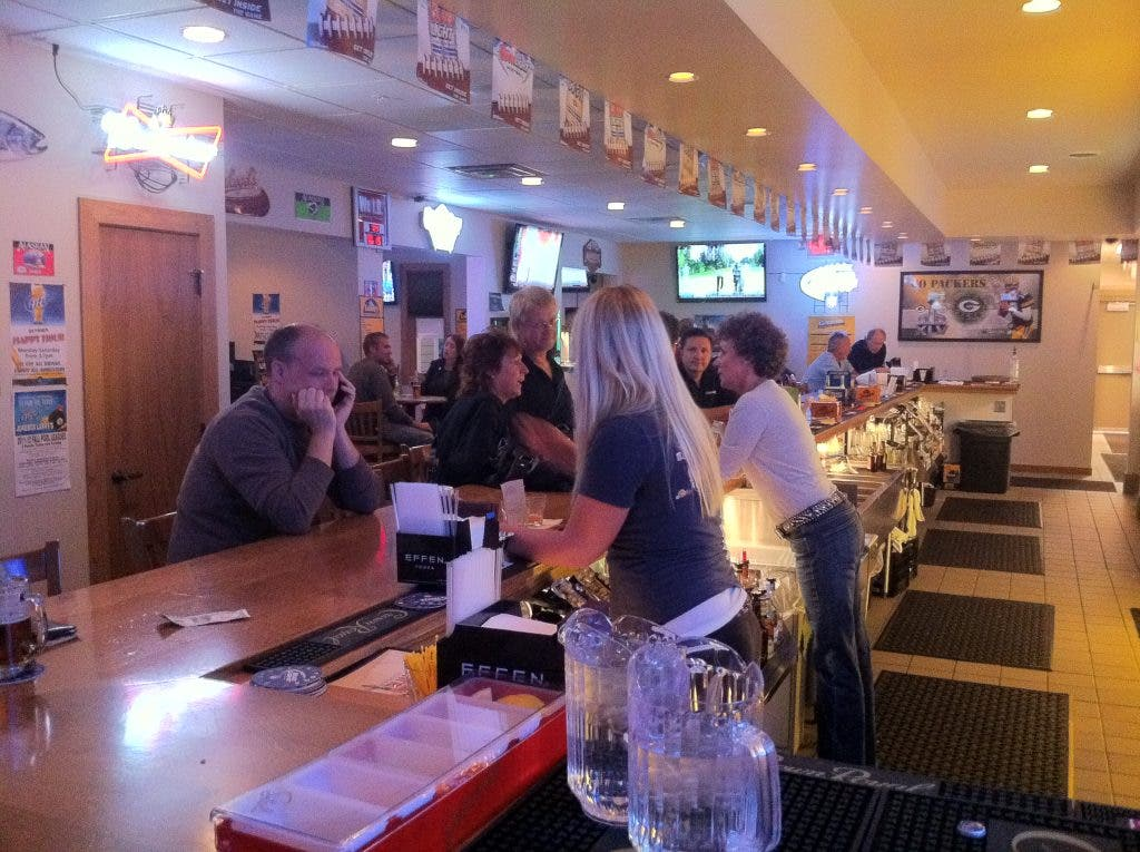 Rumors Bar And Grill >> Rumors Sports Bar Grill Gets Warm Welcome From Sussex Sussex Wi