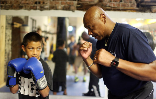Marvelous Marvin Hagler Visits Chicago Youth Boxing Club To