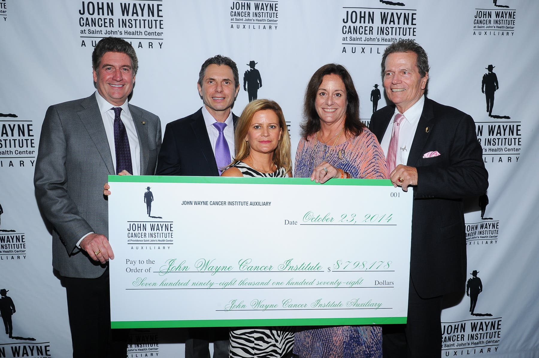 John Wayne Cancer Institute Auxiliary Hosts Annual