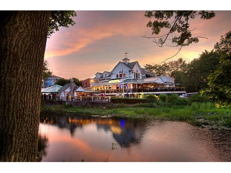 13 Of Connecticut S Best Waterfront Restaurants