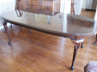 Ethan Allen Georgian Court Dining Room Table Hutch Chairs Pads 2