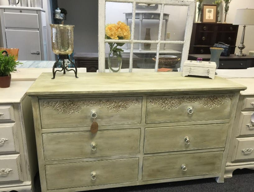 Vintage Lane Furniture & Home Decor Opens in Caldwell ...