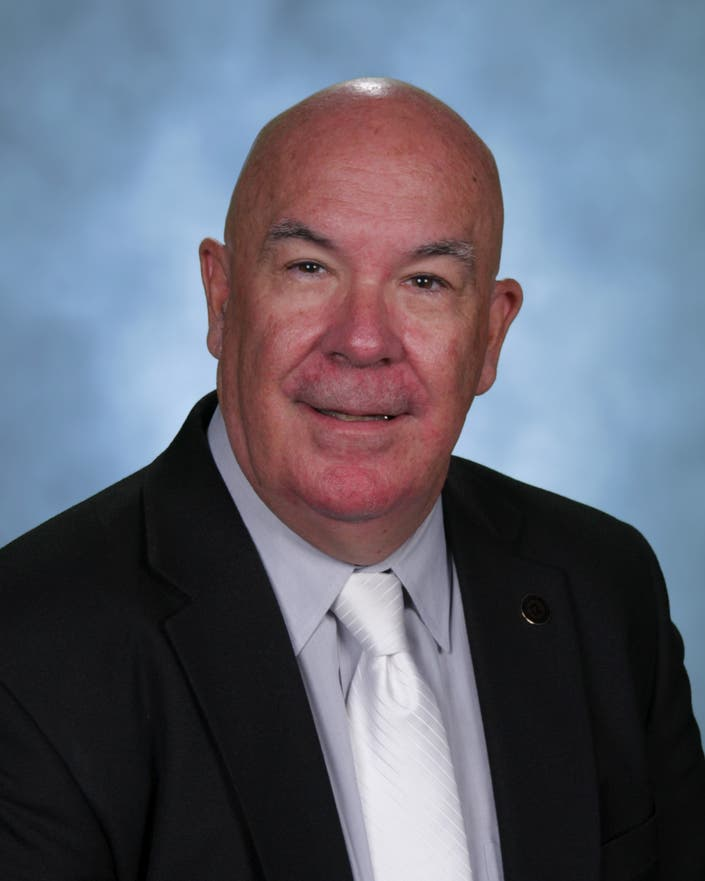 Elmhurst District 205 Superintendent To Retire At End Of
