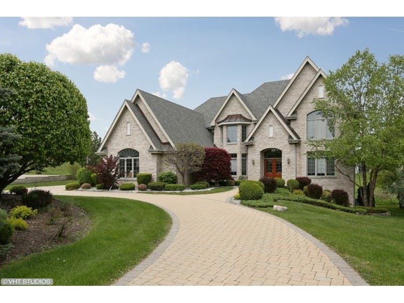 Two Story Foyer, Gourmet Kitchen, Large Closet 0 ...