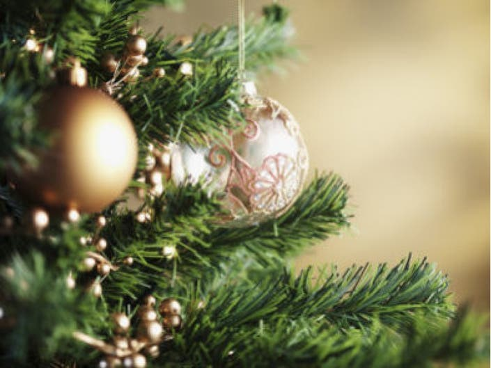 holiday hours  jewel  whole foods  mariano u0026 39 s  aldi