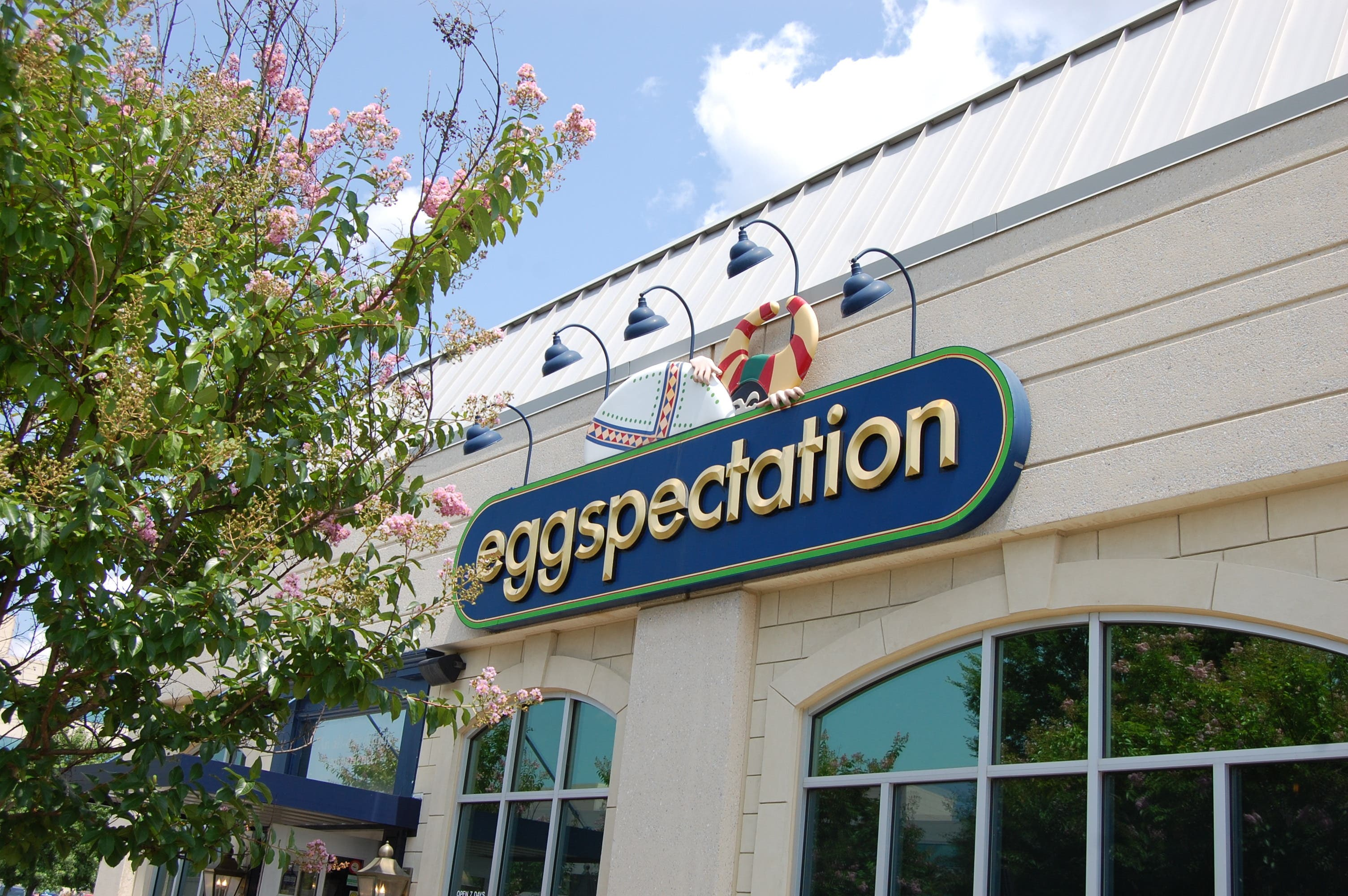 Eggspectation Signs Lease At Metro Centre At Owings Mills
