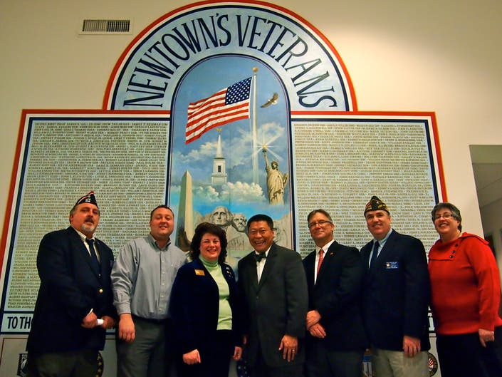 Newtown Vfw Honors Patriot S Pen And Voice Of Democracy