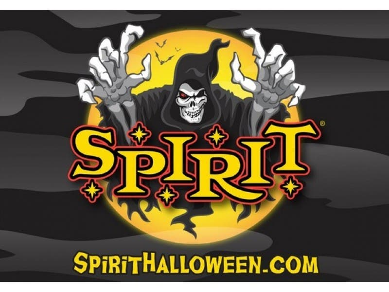 spirit halloween store opens in toms river