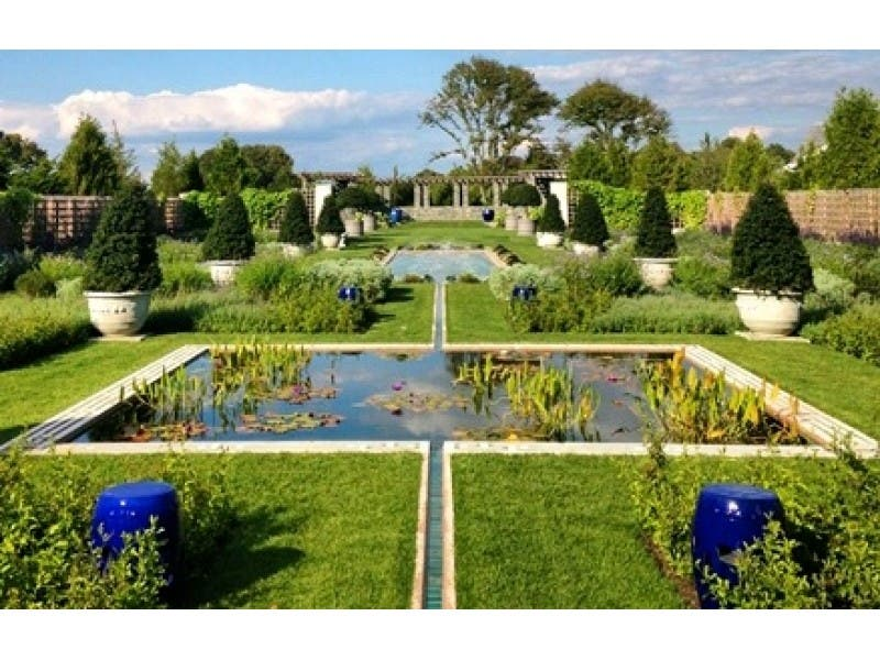 Tower Hill Botanic Garden offers the chance to discover the details ...
