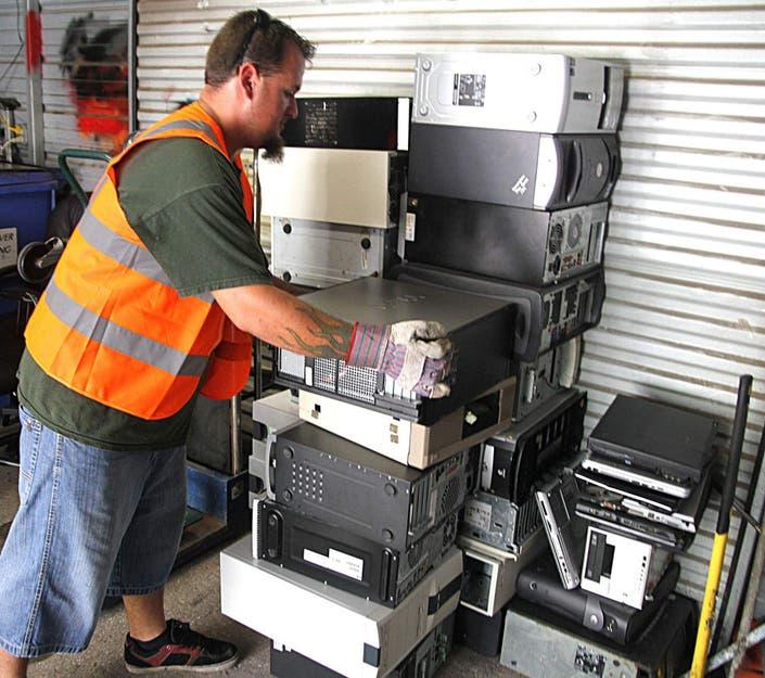 Fox Chapel e-Waste Recycling & Data Destruction Event ...