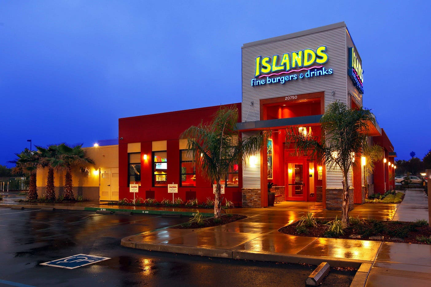 Celebrate Long Summer Days With New Menu Items At Islands