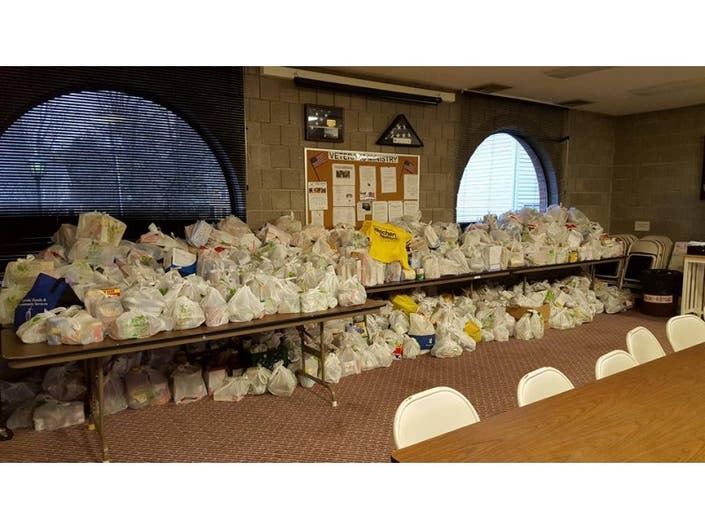 Cool Weichert Realtors Sparta Office Donates 1 000 Bags Of Food Interior Design Ideas Gentotthenellocom