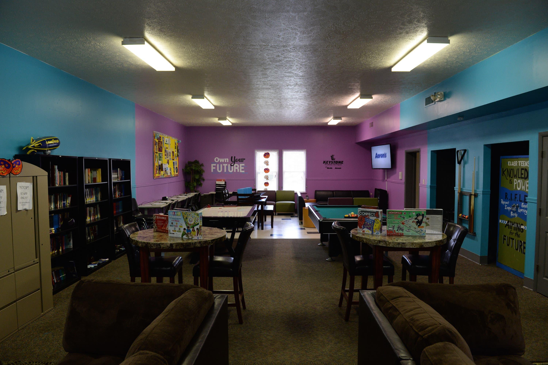 Aaron S Surprises Akron Teens With Keystone Club Remodel