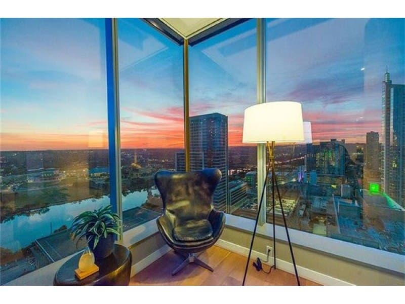 Wonderful ... WOW: Coveted Corner Apartment In Downtown Austin 0 ...