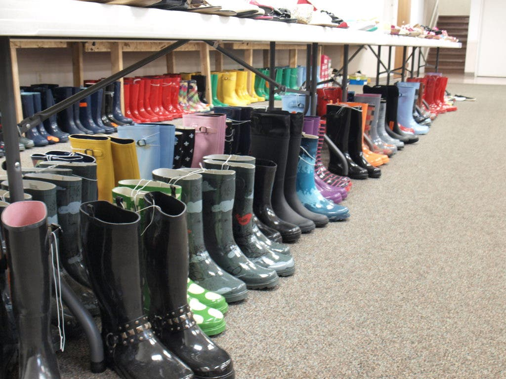 c4f797c92 $5 Shoes and (a Whole Lot) More | Montgomery, IL Patch