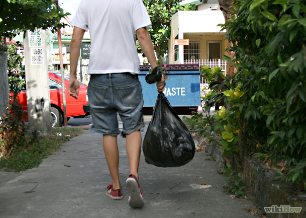Hot teen neighbor - taking out the trash! (Photos
