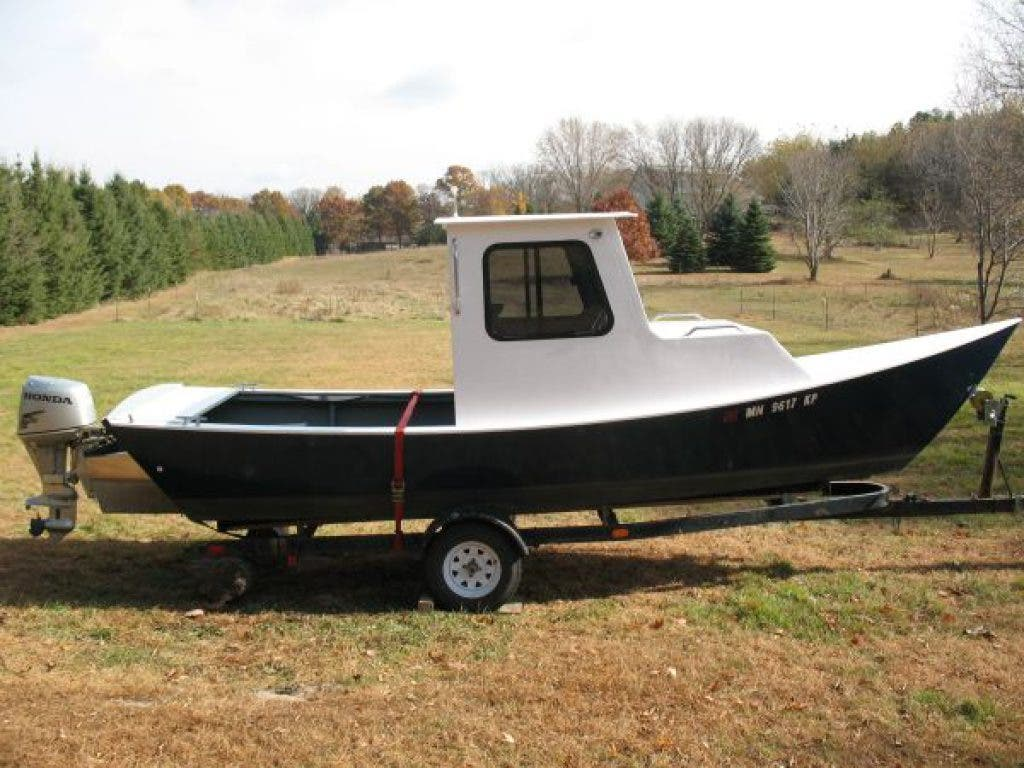 Craigslist: The Best of Inver Grove Heights—Tug Boat, Tire Changer