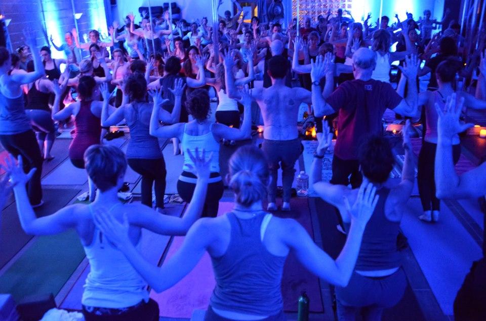 Friday Night Yoga Club San Diego Del Mar Ca Patch