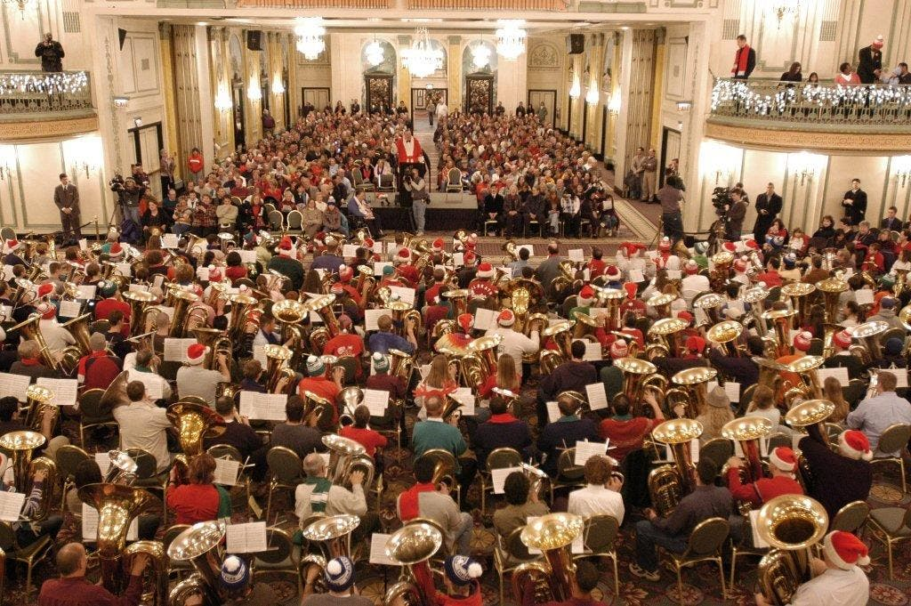 The Palmer House Hilton Hosts TUBACHRISTMAS, a Beloved Holiday