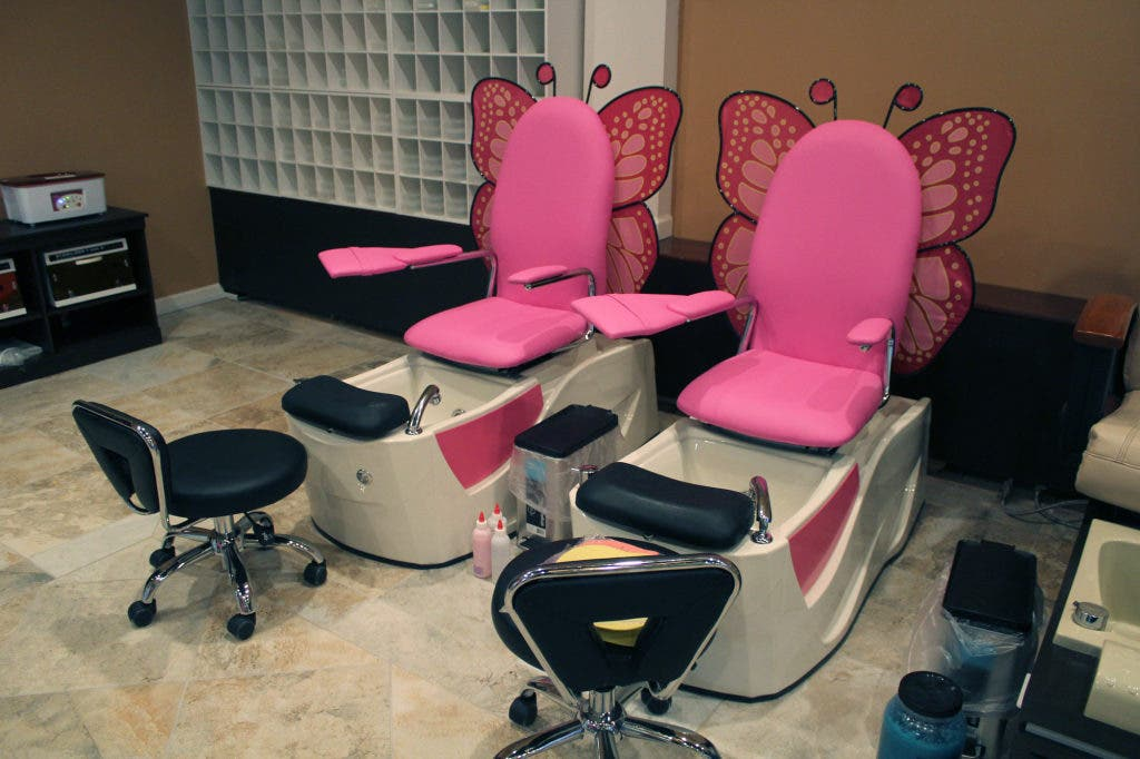 New Urbandale Nail Salon Offers Manis, Pedis, Facials and More ...