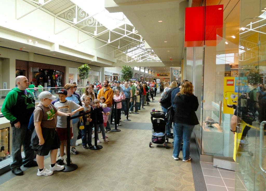 Long Love Lego Mall Line | Mayfair at Forms  a Wauwatosa