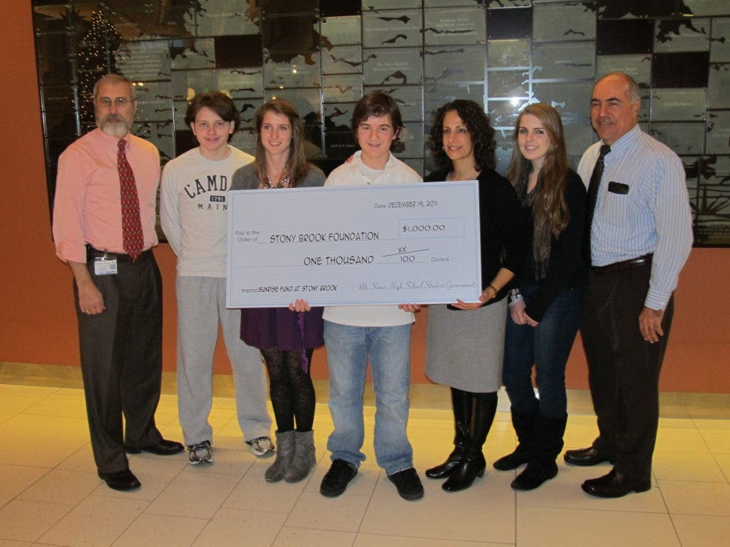 Mt  Sinai Teen Spearheads Student Donation to Sunrise Fund | Three