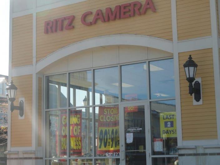 Ritz Camera Shop Offers Huge Sales in Final Days   Hingham