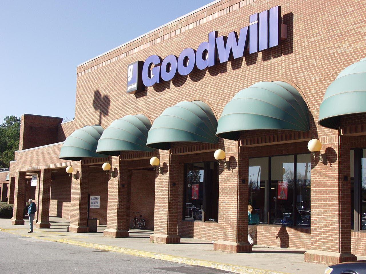 Goodwill pleasant hill rd duluth ga
