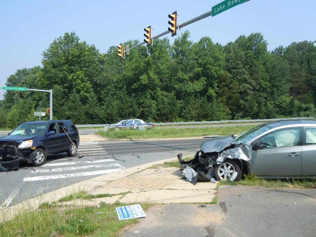 Morning Accident Ties Up Traffic on Fairfax County Parkway
