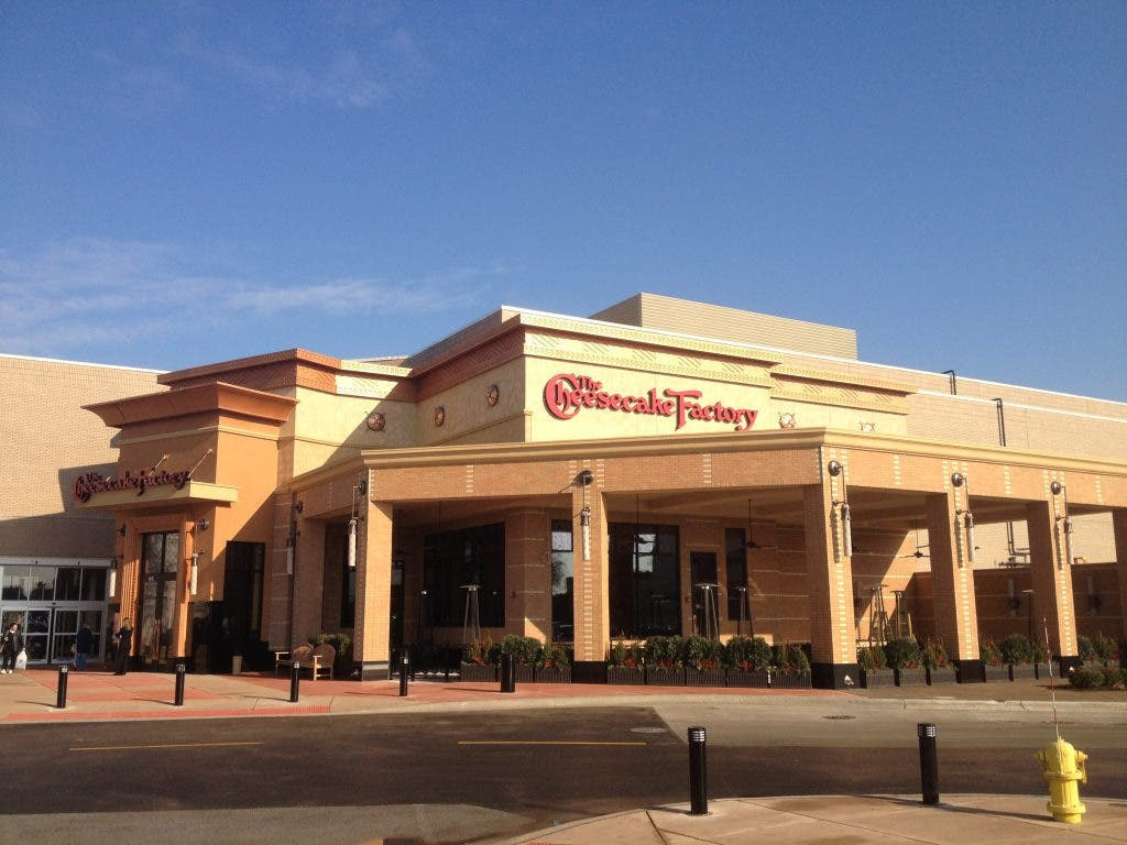First Look Cheesecake Factory Opening In Orland Park