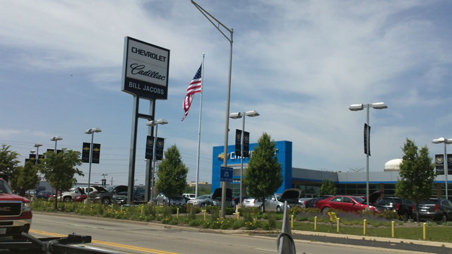 Bill Jacobs Sinking 1 1m Into Chevy Cadillac Dealership