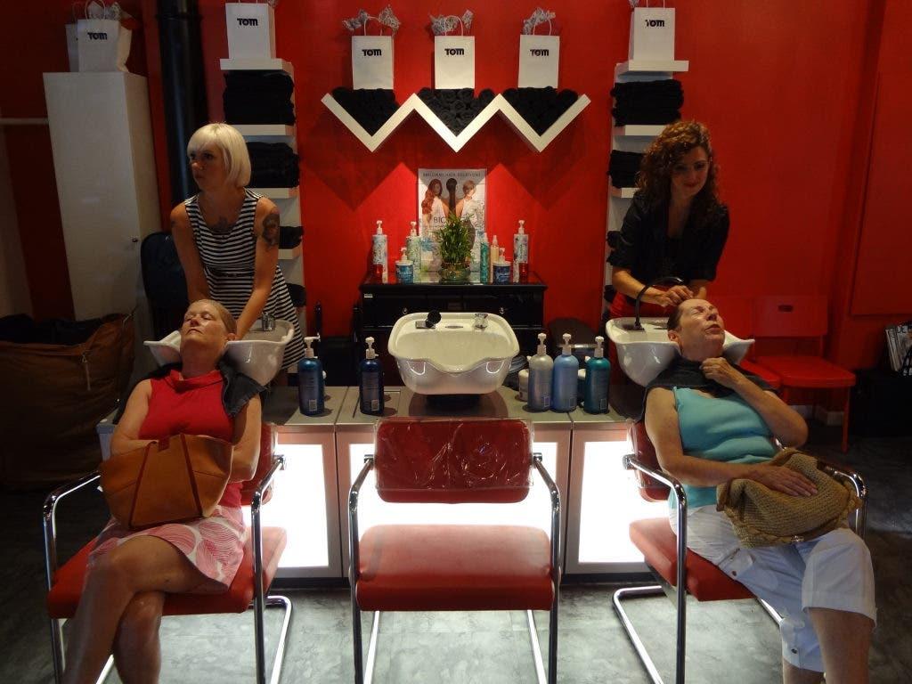 Salon Style New Yorkais tom new york salon celebrates grand opening in style