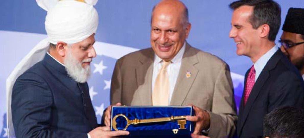 Khalifa of Islam Hadhrat Mirza Masroor Ahmad presented with