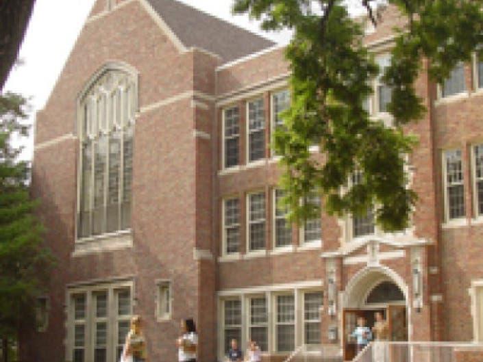 Bolingbrook Hs Grad Found Dead At Blackburn College Cause Unknown