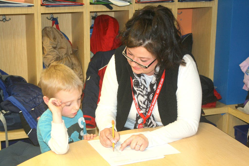 A Teachers View Of Parents >> New Valley View Parent Mentor Program Helping Teachers And Students