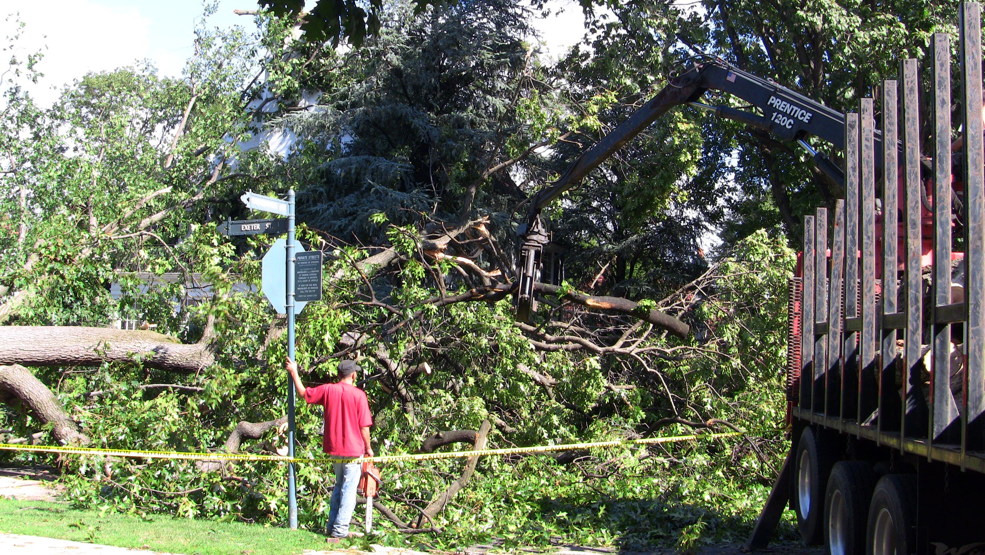 Forest Hills Residents Recount Tornado Tales | Forest Hills