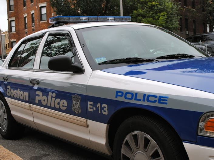 f73efa96d6b Tips on How Not to Get Mugged — JP Police Blotter: Friday, Aug. 5 ...