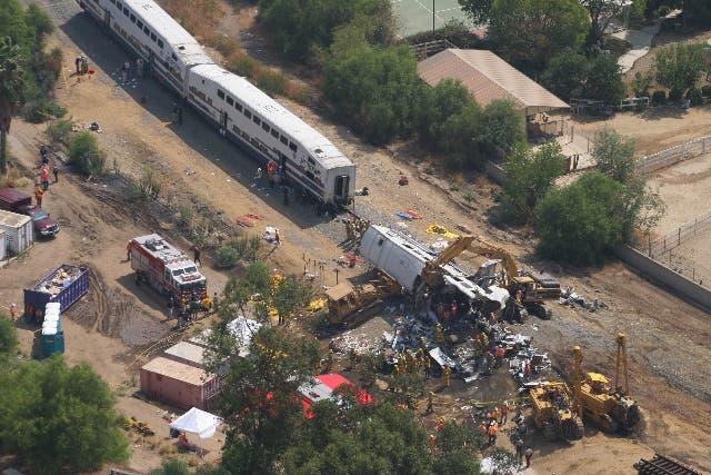 Metrolink Train Crash - Chatsworth, CA | Photos from the ...  |Chatsworth Train Wreck California