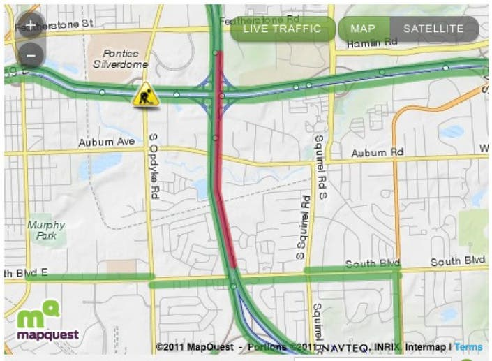 Accident Closes Several Lanes of North I-75 | Bloomfield, MI
