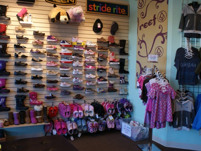 ... Little Feet Shoe Store Takes Off Running in Maple Grove-0 ...