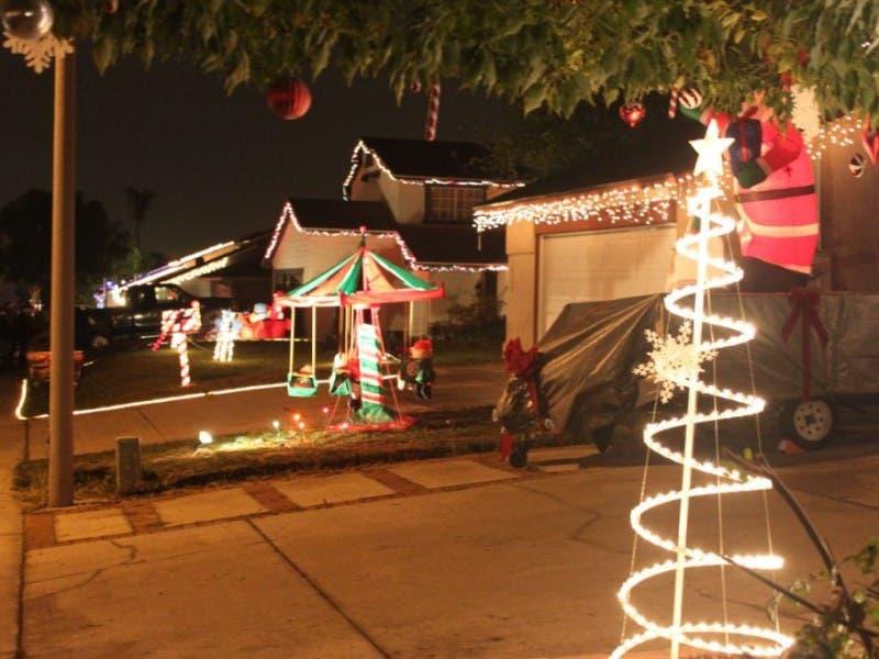 starlight circle lighting up christmas 0