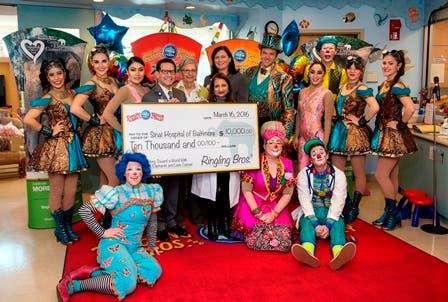 Circus Performers Bring Magic to Pediatric Patients at Sinai
