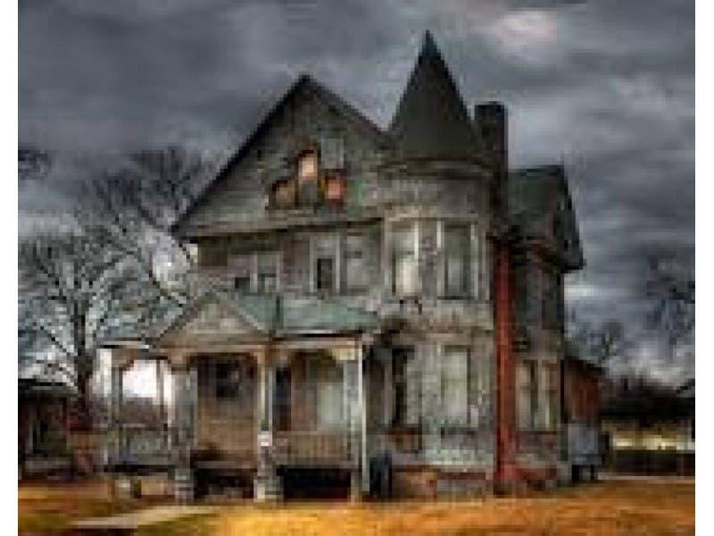 good description of a haunted house