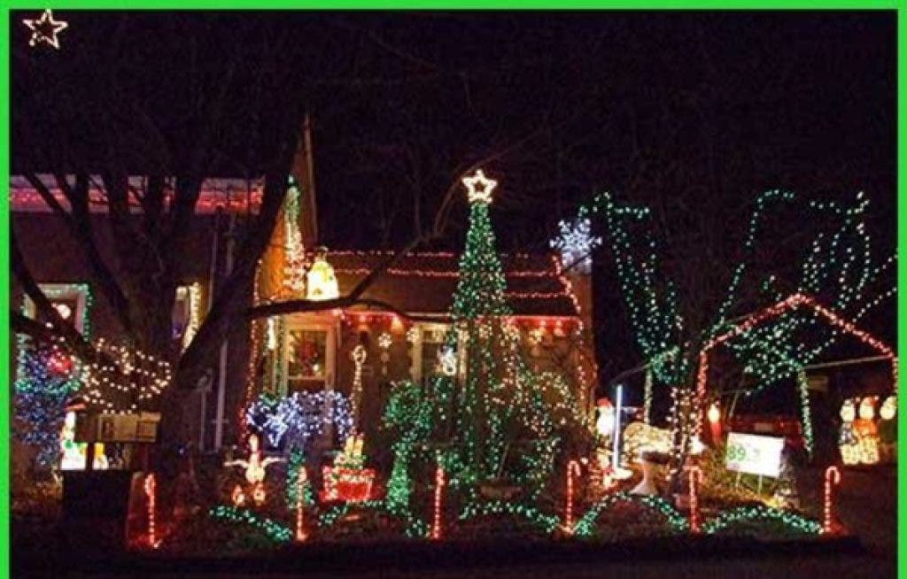 Places To View Holiday Lighting Displays Near Acton