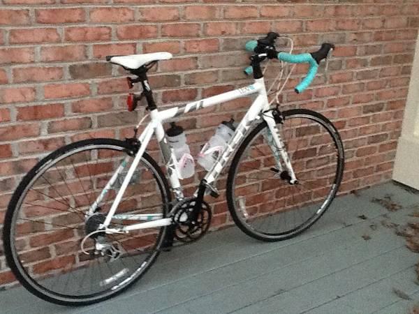 2012 Womens 54cm Trek Lexa Road Bike   Athens, GA Patch