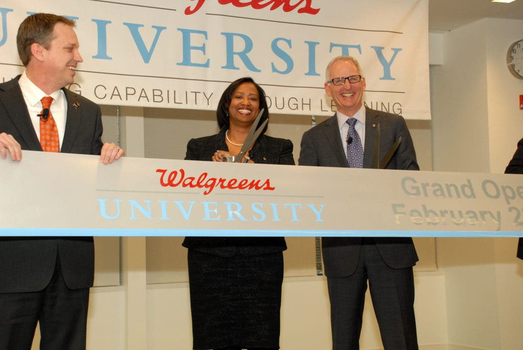Walgreens Employee At Home >> Walgreen S Opens University Campus In Deerfield Deerfield