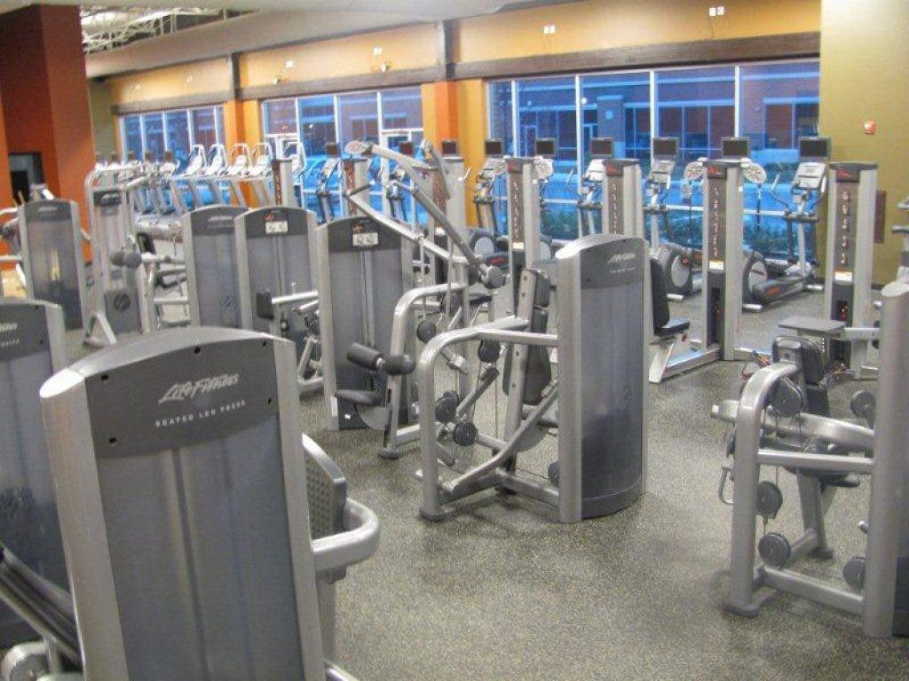 Gold S Gym Opens In Ashburn Ashburn Va Patch
